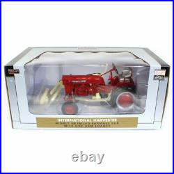 116 1977 Farmall Cub Tractor with One Arm Loader by Spec Cast ZJD1849
