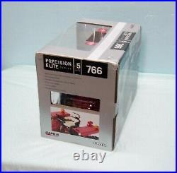 116 INTERNATIONAL 766 #5 PRECISION ELITE TRACTOR by ERTL Die-Cast METAL N. I. B