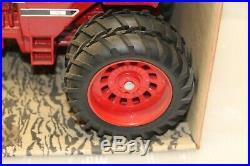 1976 Ertl 1/16 Farm Country International 1586 Tractor With Cab ORIGINAL #1