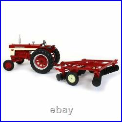 1/16 ERTL IH International Harvester Farmall 560 with Disk NEW IN BOX ZFN44223