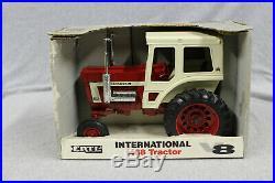 1/16 Ertl IH 1468 V8 toy tractor #4600