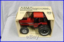 1/16 Ertl IH 5488 MFD Tractor #409