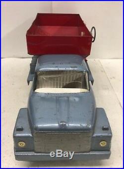 1/16 IH International Harvester Toy Tractor Loadstar Gravity Wagon Truck ERTL