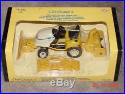 1/16 Ih Cub Cadet 3235 Lawn And Garden Tractor Set Nib