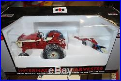 1/16 International Harvester 340 gas tractor with plow, hard to find Spec Cast
