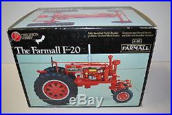 1/16 International Harvester Farmall F-20 Tractor wide front and red. Precision