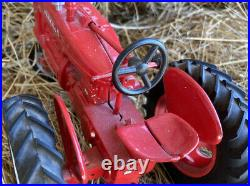 1/16 Scale Custom Built McCormick IH Farmall M Tractor Die-Cast Farm Toy
