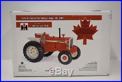 1/16 Tractor International Harvester Farmall 1206 with front assist Ontario Show