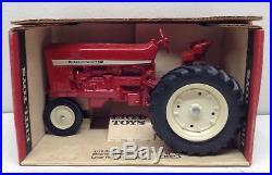1/16 Vintage IH International Harvester Farmall 544 Tractor ERTL Hard to Find