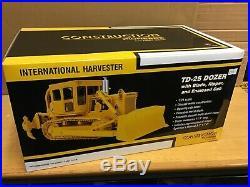 1/25 scale International TD25 bulldozer tractor Traktor tracteur first gear