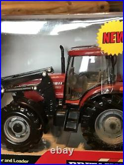 1/32 scale Britains 42688 Case IH 110 tractor & Loader Agriculture Farm Red