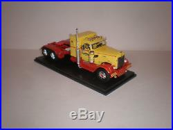 1/43 1955 International Harvester RDF-405 Tractor NEO 46830
