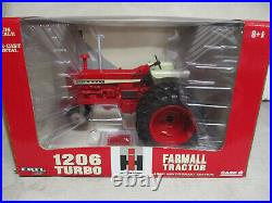 (2005) IH Farmall 1206 Toy Tractor 40th Anniversary 1/16 Scale, NIB