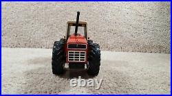 2010 ERTL 1/32 Scale Diecast Case IH International Harvester 3588 4WD Tractor