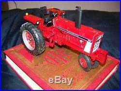 Custom International 686 N/F, 1/16, Ertl, Excellent detail, IH