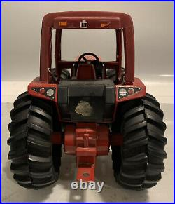 ERTL International 2+2 Tractor IH International Harvester 6388 1/16 Die Cast
