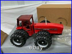 ERTL International 7488 2+2 Tractor Dealer Special with Duals 116 Maroon Cab NIB