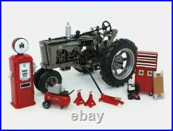 Ertl1/16 1939 Farmall M Gun Metal Chrome Parts & Service set ONLY 200 PRODUCED