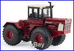 Ertl 14946 132 International Harvester 4586 4WD Tractor