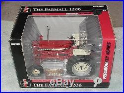 Ertl 1/16 Ih 1206 Precision Key Series #1 Tractor