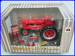 Ertl 1/16 Ih International Farmall M Restoration Tractor With Accessories