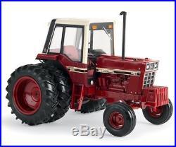 Ertl 1/16 Scale International Harvester 1486 Tri-stripe Tractor Bn 44100