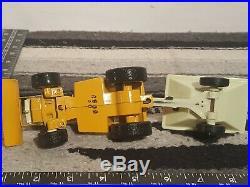 Ertl Cub Cadet 129 garden tractor 1/16 diecast lawn tractor replica collectible