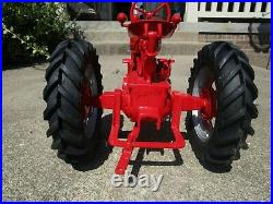 Ertl Farmall M 1/8 Scale Signed By Joe Ertl (1995 Farm Progress Show) Preowned