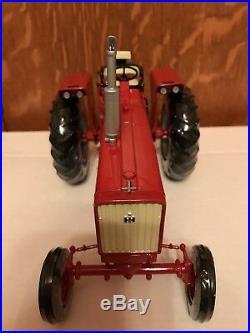 Ertl IH Farmall 706 Precision Series 16 1/16 Scale Model Tractor