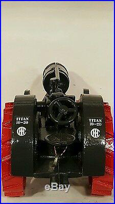 Ertl IH Titan 10-20 1/16 diecast farm tractor replica collectible
