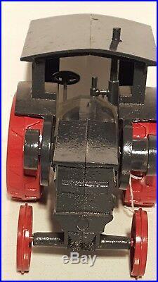 Ertl IH Titan 1/16 diecast metal farm tractor replica collectible