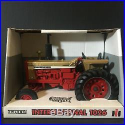 Ertl Ih International Harvester 1026 Gold Demonstrator Ce Tractor 1996 116 1/16