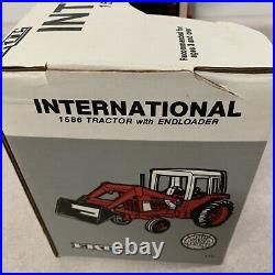 Ertl International 1586 Tractor With End-loader Bucket 1989 Rare W Chains