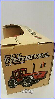 Ertl International 6388 2+2 Tractor 464