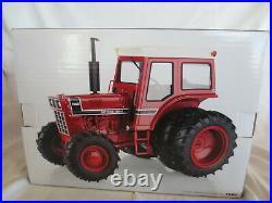 Ertl Prestige Collection 1/16 Scale Ih International 1566 Fwa Farm Toy Tractor