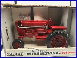 Ertl Special Edition International 966 Tractor 1/16 Scale NIB NEW #4624