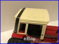 Ertl Toys International 1086 Tractor Diecast 1/16 Nice