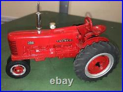 FARMALL 300 Peter Freiheit 1/16 Toy Tractor Case IH International Harvester