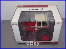 FARMALL IH 1466 Dealer Edition Toy Tractor 1/16 #14498 International Harvester