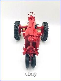 Franklin Mint Farmall F20 Farm Tractor Precision Model Scale 112 Diecast Case
