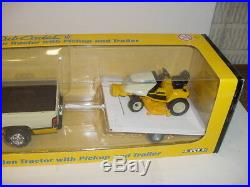 Hard To Find 1/16 Cub Cadet Lawn & Garden Tractor With Pickup and Trailer NIB