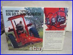 IH Farmall Model 656 Gold Demo Toy Tractor 2011 NFTM Edition 1/16 Scale, NIB
