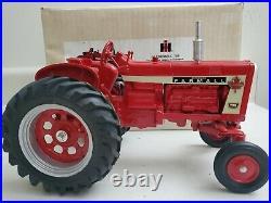 IH Farmall Model 706 Diesel Toy Tractor 1992 Ontario Toy Show 1/16 Scale, NIB