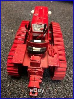 IH International T340 Crawler Tractor 116 Ertl Toy 1997 Case DEALER CollectorEd