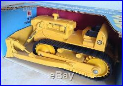 IH International TD-25 Crawler Dozer Toy Tractor with Blade Blue Box NIB ERTL 1/16