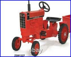 International 1466 Black Stripe Pedal Tractor