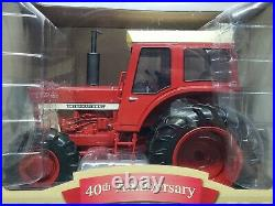 International Farmall 1466 Tractor With Cab By Ertl 1/16 Scale 40th Anniversary