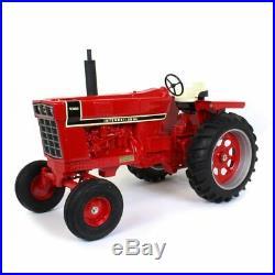 International Harvester 1066 1/8 scale Wide Front Black Stripe ZSM 1600