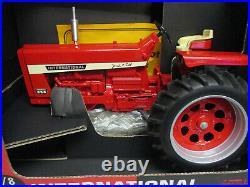 International Harvester 856 1999 Farm Progress Toy Tractor, 1/8 Scale NIB