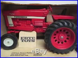 International Harvester 966 Hydro Toy Tractor White Front Wheel 1/16 Scale NIB